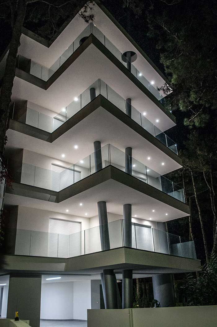 Attico dream palace agenzia colonna for Appartamenti lignano